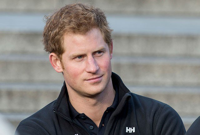 The 33-year old son of father Charles, Prince of Wales and mother Diana, Princess of Wales, 187 cm tall Prince Harry in 2018 photo